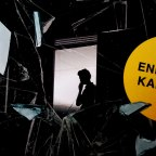 E. O. Chirovici: Peilien kirja